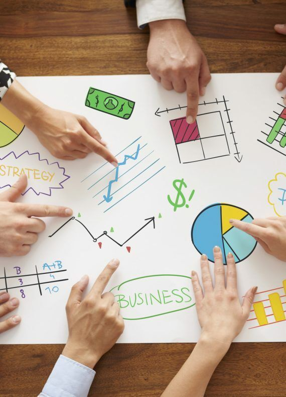 Business people analyzing the business strategy